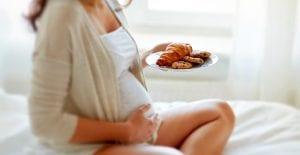 mulher gravida cuidando do peso