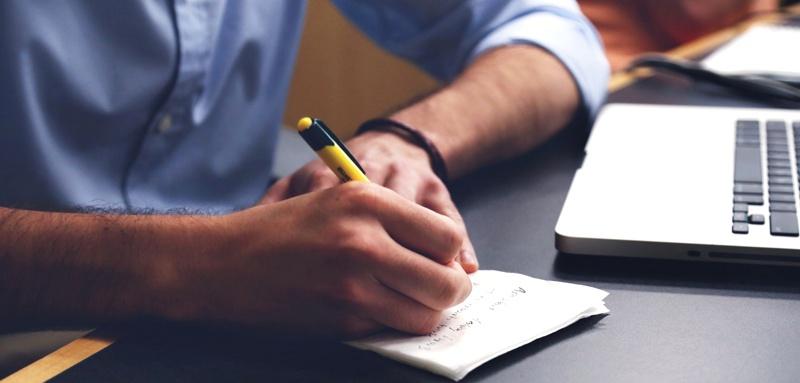 escrevendo sua lista de objetivos