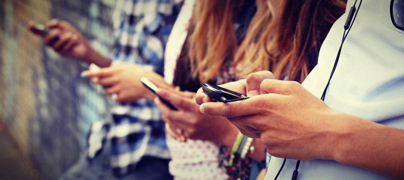 adolescentes no smartphone - depressao