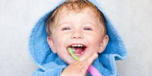 escovacao de dentes em criancas